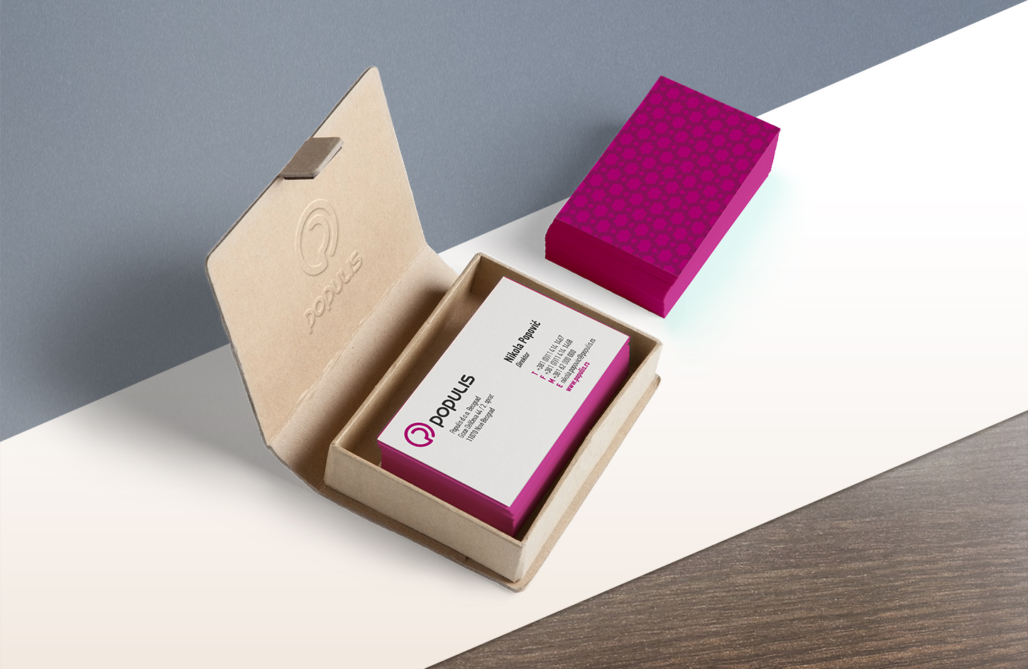 Populis - Business Cards MockUp